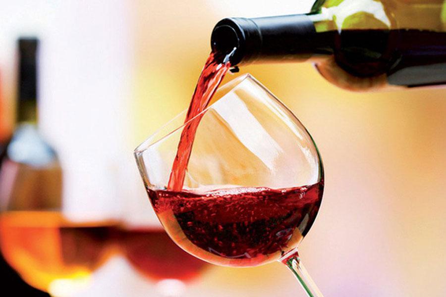 Rượu vang là một trong những loại thức uống được ưa chuộng
