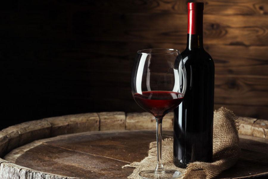 Rượu vang đỏ đươc ưa chuộng nhất trong các loại rượu vang