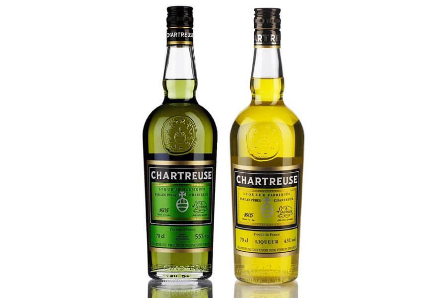 chai rượu mùi đầu tiên được làm bởi giới tu sĩ. Loại xuất hiện sớm nhất là Chartreuse